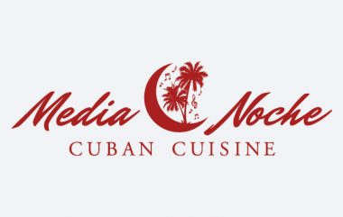 logo-media-noche-calbizmarketing